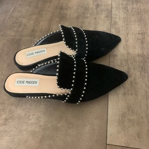 Steve Madden flats - only wore it once! Size:6